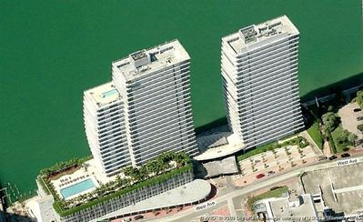 Bentley Bay Luxery Condominiums, North Tower