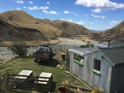 Domett Lodge, secluded back country hut