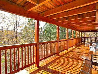 Bear Mountain cabin rental - Down Stairs Back Deck