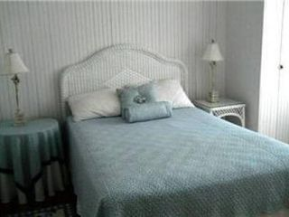 Rehoboth Beach cottage photo - Guest Bedroom - Full Bed, Vera Bradley Bedspread and TV.