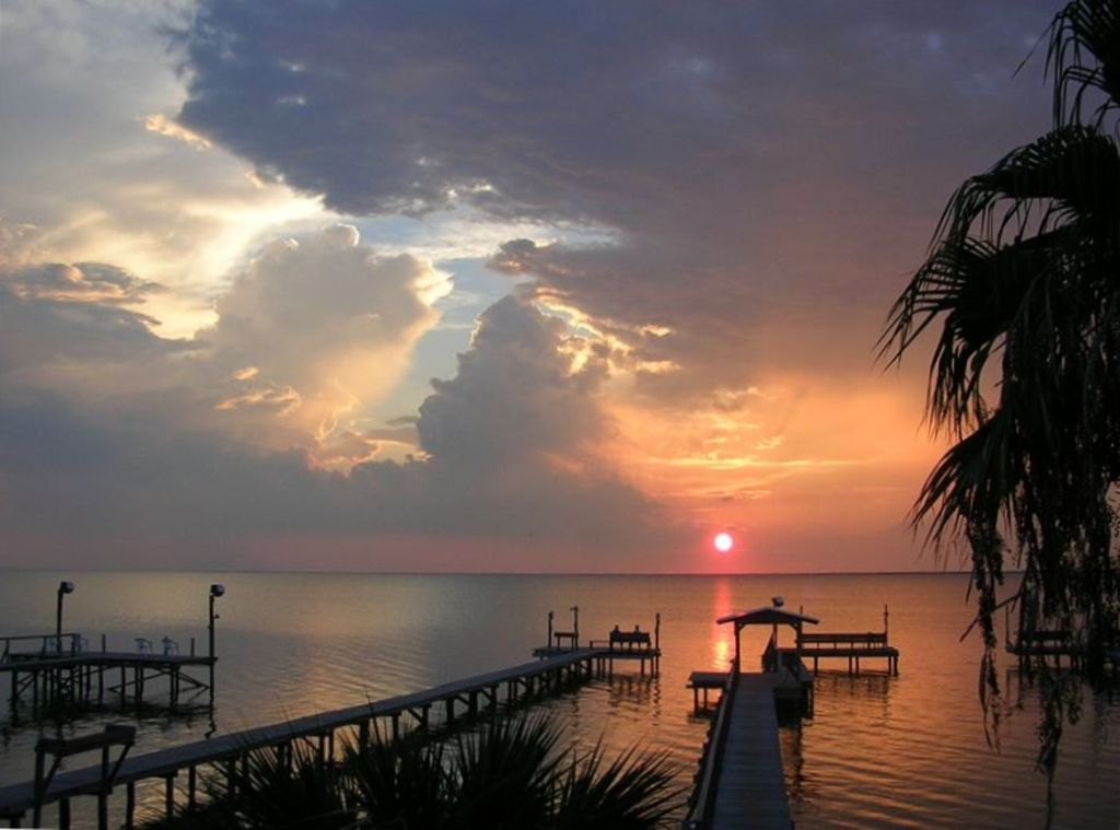 Private pier on copano bay 2 2 home sunset vrbo for Copano bay fishing