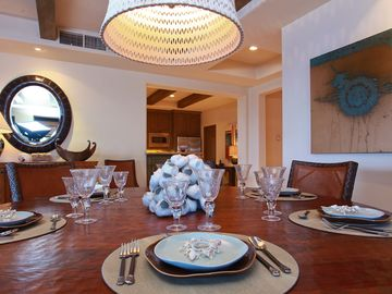 Intimate formal dining