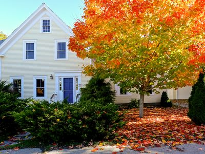 4BR Victorian Farmhouse by Camden Harbor—Walk to Town, Dining, Sailing