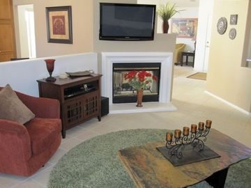 Family Room flat screen TV with DirecTV and HBO