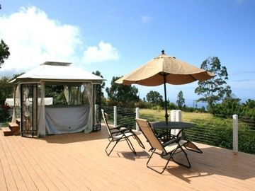 Captain Cook studio rental - (7) Person Spa on 1000sq ft deck