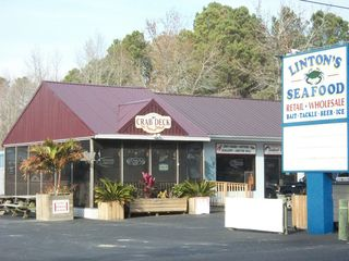 Crisfield condo photo - LINTON'S SEAFOOD-EAT IN OR CARRY OUT.