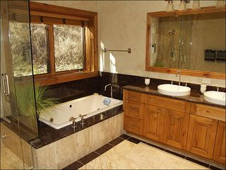 Beaver Creek house photo - Jetted Tub in the Bathroom of the Fourth Bedroom
