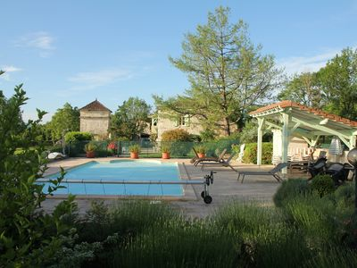 House of character with pool and panoramic view. St-Antonin-Noble-Val