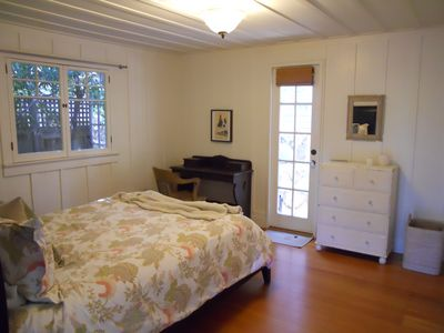 Santa Barbara house rental - Master bedroom