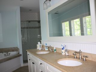Buck Hill Falls house photo - Master Bathroom