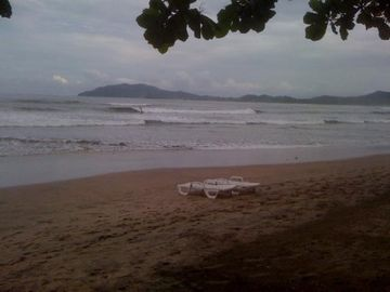 beach in front of diria