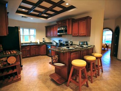 Kitchen and Bar - Equipped with Latest Appliances and Cookware for Dining In!