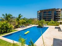 Enjoy your sixth floor ocean view condo overlooking the hills of Tamarindo - (LP162)