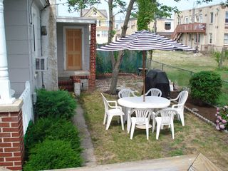 Wildwood house photo - Back Yard & Grills