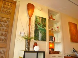 Waikiki condo photo - Beautiful artwork was carefully chosen to enhance the Asian-Pacific decor