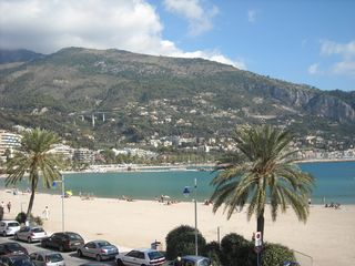 Menton house photo - Beautiful beaches facing Italy