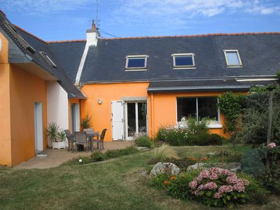 house 100 meters from the beach with enclosed garden 500m2