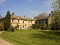 Tone Dale House - Exclusive House Hire Part of the Big House Co since 1996
