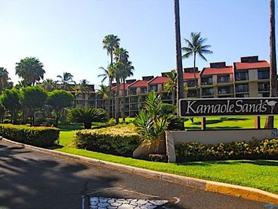 This condo is an ocean view walk-out unit in Kamaole Sands Building 10!