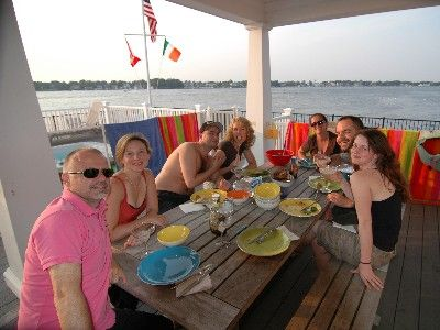Brick house rental - Dining on the deck
