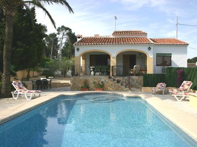 Villa EXCELLENT NEAR BEACHES, shopping areas. A / A Wifi. Private pool.