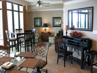 Orange Beach condo photo - Spacious living and dining room