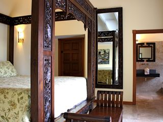 Pelican Key villa photo - Villa La Di Da Master Bedroom
