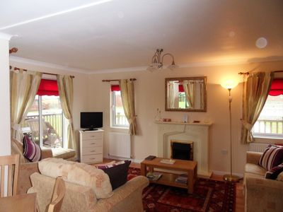 Padstow cabin rental - LIVING ROOM AREA