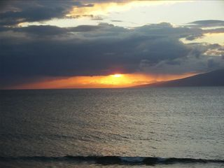 A perfect sunset......Aloha! Relax, refresh and rejuvenate!! - Lahaina condo vacation rental photo