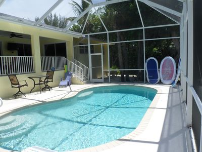 .The pool is heated spacious and VERY private with an in pool sitting bench!