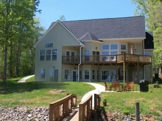 Lake Norman house rental - Lakeside