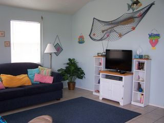 Surfside Beach house photo - Spacious living room
