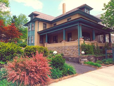 Family vacation rental located in Lancaster County, PA.  Pet friendly rental
