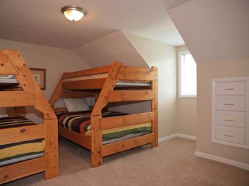 UPSTAIRS BEDROOM #3 (2 BUNKS - TWIN OVER FULL)