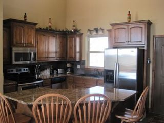 Branson house photo - Kitchen and Dining Island