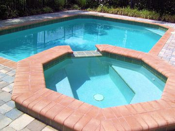Great Sunny Pool with Spa and lots of room for the kids!
