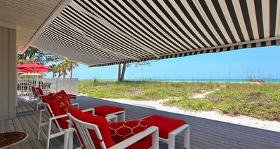 Longboat Key house rental - 40 Foot Retractable Awning