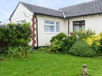 BRIDGE VIEW, character holiday cottage in Bere Ferrers, Ref 17344