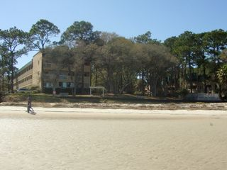 Port Royal villa photo - View of beach at low tide with our building on the left.