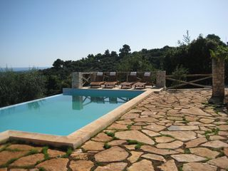 Vico del Gargano villa photo - Poolside