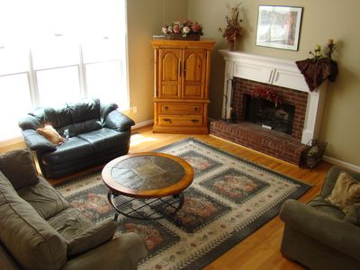 Atlanta house rental - Spacious and airy, open living room off the kitchen with 20 foot ceilings.