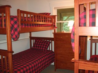 Ludlow chalet photo - Lower level bunk room #2