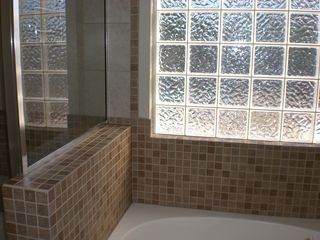 Las Vegas house photo - Master Bathroom ensuite, tub and shower
