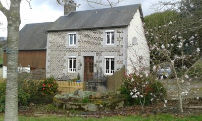 Characterful stone farmhouse in lovely rural setting