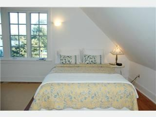 Master Bedroom with en suite bath - St. Michaels cottage vacation rental photo