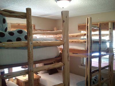Guest house - 2nd bedroom bunk beds