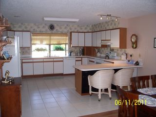 Venice house photo - Completely furnished gourmet kitchen, white tile flooring