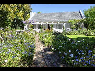 Exclusive Executive 2 bedroomed self catering cottage with private pool/garden