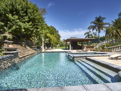 Gated Estate With Pool And Spa On One Acre Lot, Fifteen Minutes From Disneyland