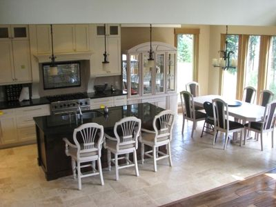 A full view of the kitchen and Dining Area